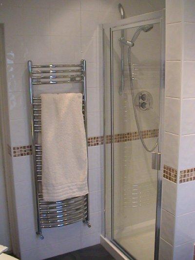 Bathroom design bathroom installation bathrooms plumbing for Bathroom design surrey